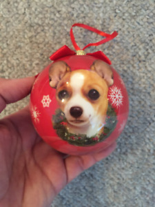 CHIHUAHUA CHRISTMAS ORNAMENT - DON MILLS CLOSE TO THE SHOPS