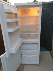 Excellent/super clean frost free fridge freezer.Delivery