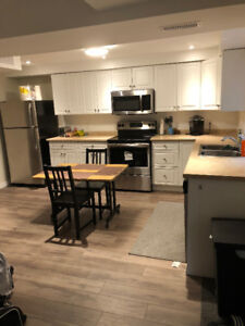 Sublet- 2 Bedroom Unit in Meadowlands