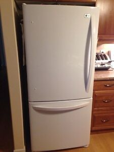 Fridge and Oven for sale