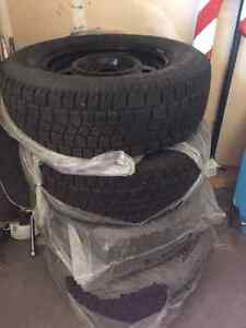 Winter Tires and Rims x 4 Avalanche 255/70/R18