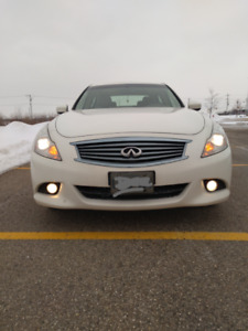 2010 Infiniti G37x AWD in excellent condition
