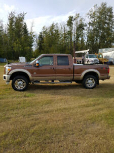 2012 Ford E-350 king ranch Pickup Truck
