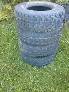 31x10.5x15lt pneus offroad