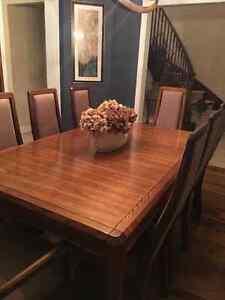 Solid Oak Electrohome 11 Piece Dining Set Oakville / Halton Region Toronto (GTA) image 3