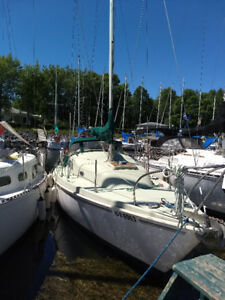 Sailboat for sale ($6 500)