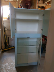 Top and bottom Cabinet as is.