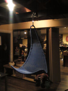Chaise suspension hanging chair West Island Greater Montréal image 2
