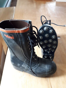 Viking Vw56 Soft Toe Forestry Boot - size 6