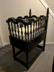 """Gothic bassinet - very heavy 21""""W x 32""""L x 42""""H on sides"""