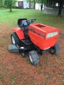 18 hp lawn tractor mtd 46 ""