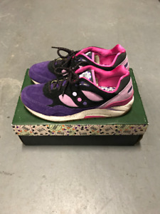 "Saucony G9 Shadow 6 Feature ""The Barney"" SZ 10"
