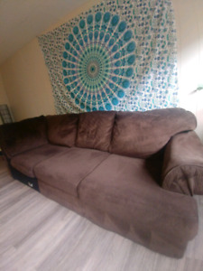 Large comfy couch must sell