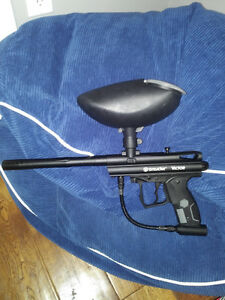 Spyder Victor paintball gun