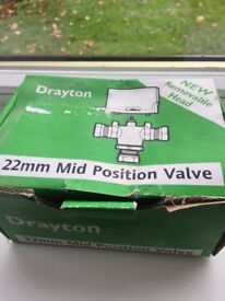 Drayton 22mm mid position valve with removable head