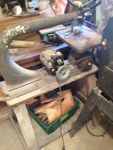Old beaver working scroll saw