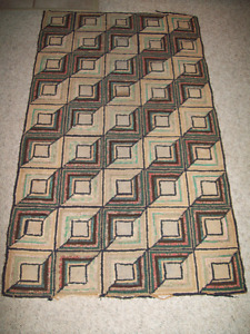ANTIQUE HOOKED RUG LOG CABIN PATTERN  54 X30 MENNONITE HOME