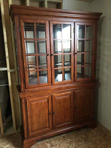 Dining set with Buffet/Hutch