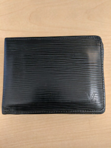 Used mens Louis Vuitton wallet