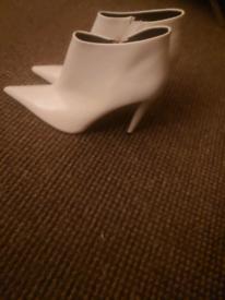 Ladies brand new boots