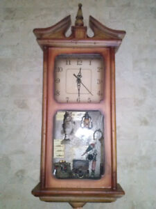 Vintage wood wall mounted clock with fishing design