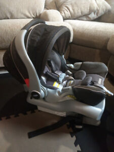 Coquille + base Graco SnugRide 35