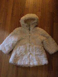 Girls coat West Island Greater Montréal image 1