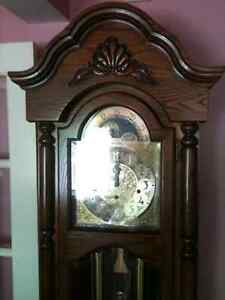 Large Colonial Times Traditional Style Grandfather Clock London Ontario image 2