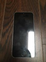 Water Damaged iPhone 5s 32gb