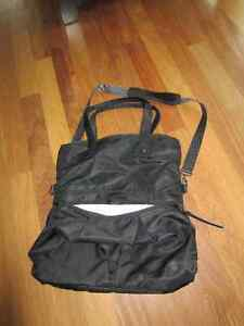 Lululemon Cross Body Bag-Black