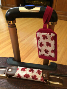 Identify Your Luggage Easily With Custom  Tag and Handle Wrap
