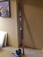 Ladies Cross Country skis
