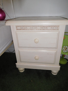 Night Table Off White