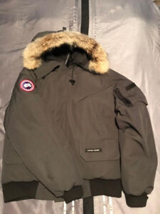 Canada Goose Men's Chilliwack Bomber (Medium) Graphite