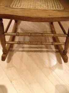 Antique Rocking Chair Peterborough Peterborough Area image 4
