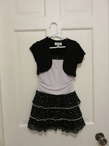 cute girls dresses size 5 and 6 $10.00 each