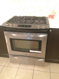 Great Condition Kenmore Gas Stove