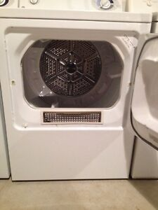 3 year old GE washer dryer set  Stratford Kitchener Area image 4