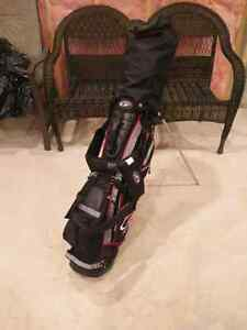 Top Flite XL 5000 18 piece golf set. Right handed.