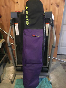 Burton padded snowboard bag