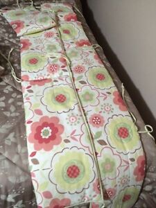 Baby bumper pads and bedding