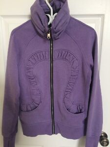 **NEW PRICE** Lululemon size 8 NEW PRICE