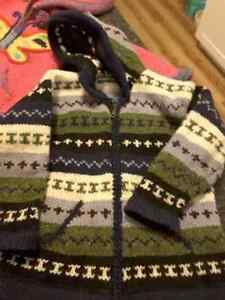 Hand-knit sweater from Ecuador Peterborough Peterborough Area image 1