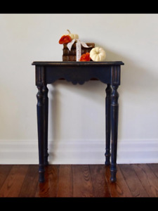 Antique shabby chic nightstand/occasional table/side table