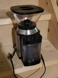 Cuisinart Supreme Grind Automatic Burr Mill - Coffee Grinder