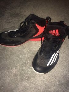 Boys basket ball shoes