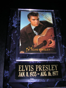 Elvis Presley plaque with Ltd# card, and gift box.