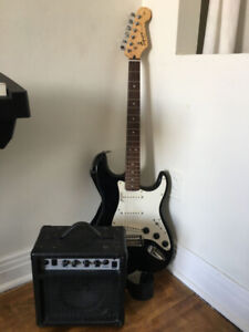 $150 OBO Fender Squier Affinity Stratocaster with Practice Amp