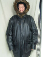 SEQUENCE PLUS WOMAN'S BLACK LEATHER COAT