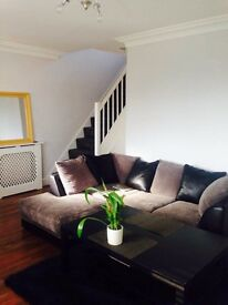Cosy room available in 2 bed house Prince Regent